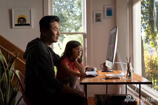 27英寸款iMac搭配了最高为第九代六核或八核处理器