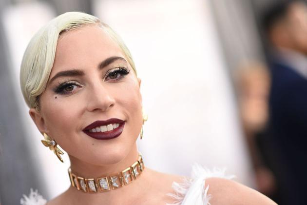 亚马逊和Lady Gaga合作 帮助美妆品牌对垒品牌