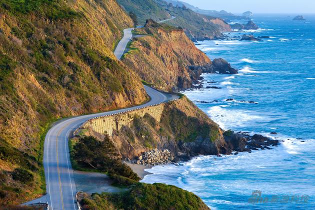 With the name Big Sur, it may also be a metaphor for the connection of the two landscapes of mountains and seas