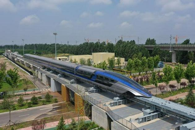 世界首套设计时速达600公里的高速磁浮交通系统在青岛下线。中国中车 供图