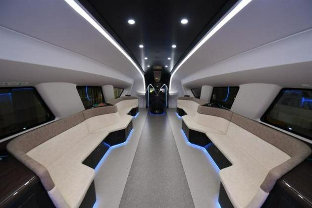 时速600公里的高速磁浮列车内部。中国中车 供图