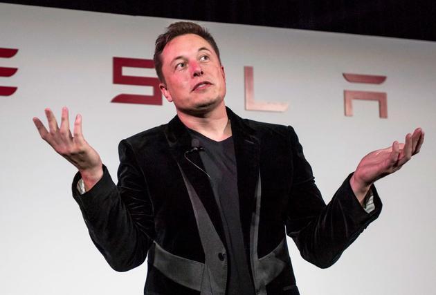 CEO马斯克为何一再上涨特斯拉全自动驾驶价格?