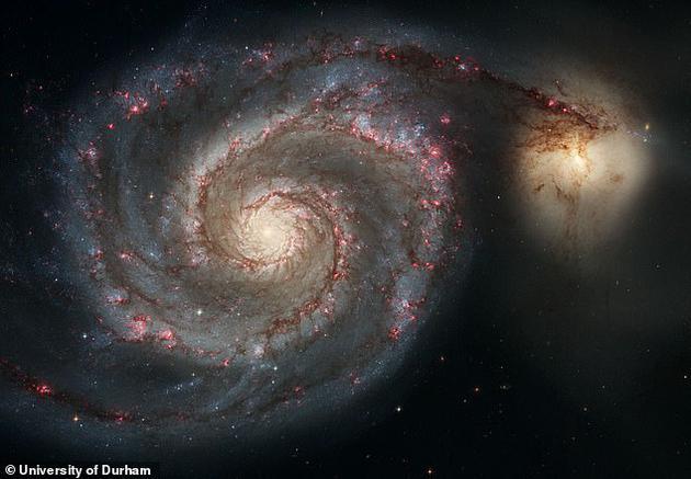 英国杜伦大学天体物理学家表示,银河系碰撞事件将提前发生,在仙女座星系碰撞之前,大麦哲伦星云将与银河系碰撞,但20亿年之内不会发生。