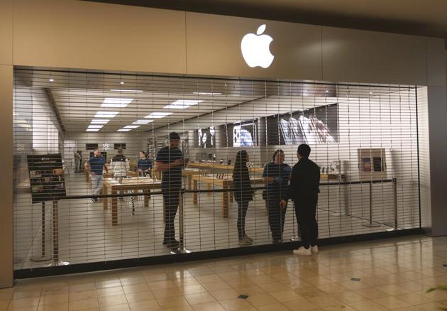 苹果关闭中国以外所有零售点 但美国部分店铺仍可提货和维修