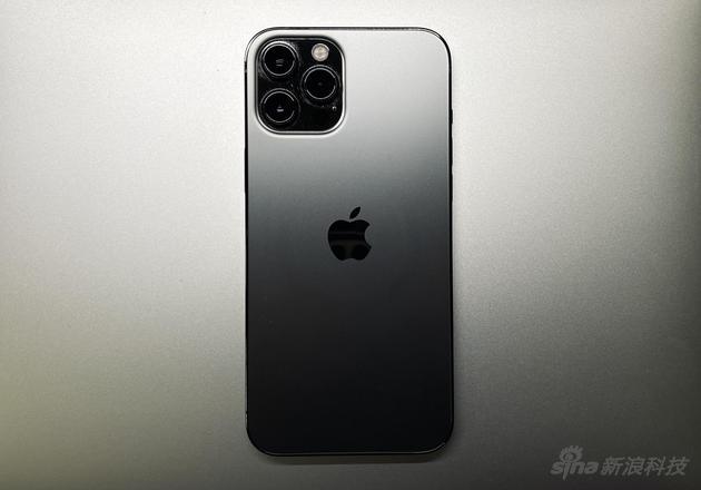 """软硬结合理念下诞生的""""计算摄影""""在 iPhone 12 Pro Max上到达巅峰"""