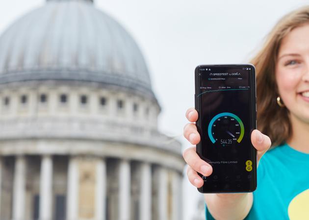英国今日在6座城市推出5G商用服务,网速可以达到每秒1Gb的里程碑