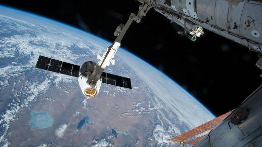 SpaceX完成年内第20次任务,为国际空间站提供补给