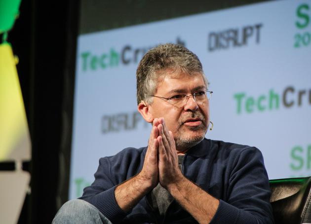 苹果公司将合并Core ML和Siri团队 成立AI/ML团队