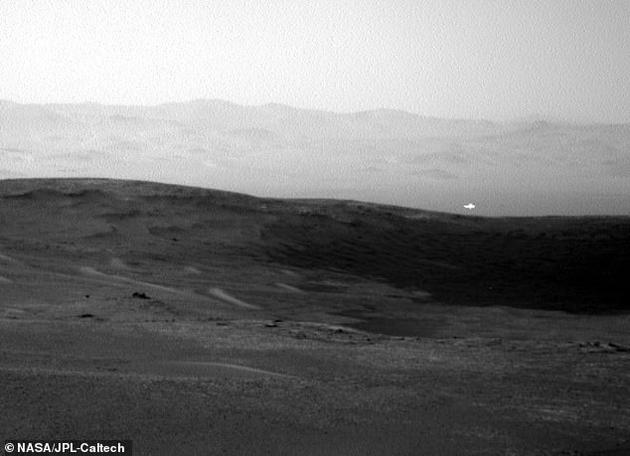 火星上的神秘发现:好奇号在火星表面发现同样神秘的光亮