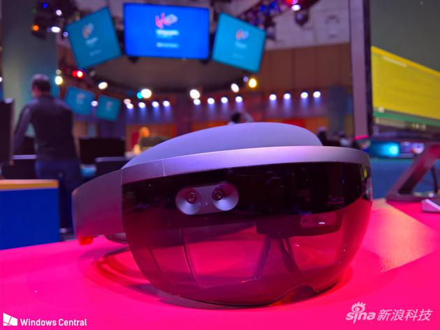 传说中的HoloLens 2代