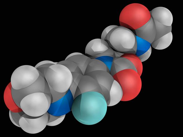 利奈唑胺的分子模型,灰、白、蓝、红和青色圆球分别是碳、氢、氮、氧和氟原子。利奈唑胺是一种治疗耐药性细菌感染的合成抗生素。