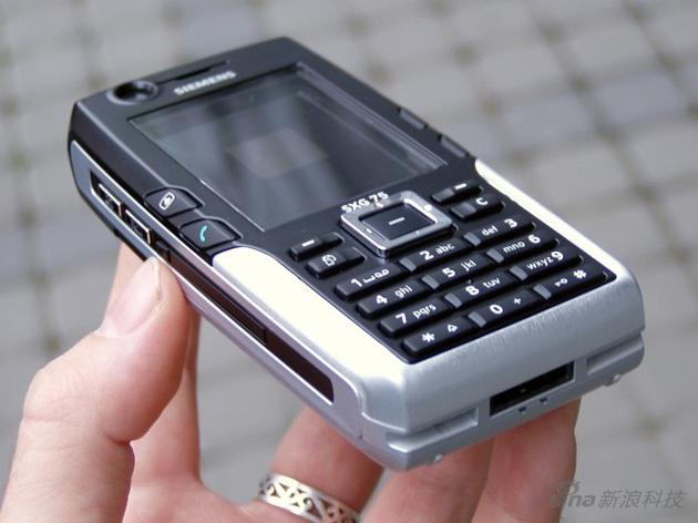 SXG75,这样子放今天也是不错的手机