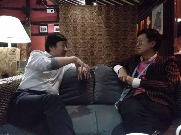 (左:王小川,右:骆轶航)