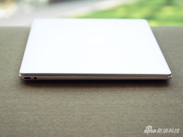 华为MateBook 13评测:硬件大升级 价格决定成败的照片 - 13