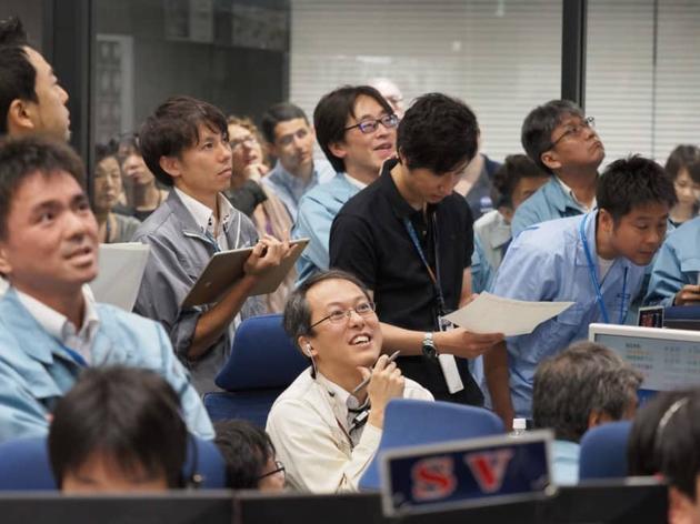 """日本""""隼鸟2号""""探测器于7月11日在小行星""""龙宫""""上着陆"""