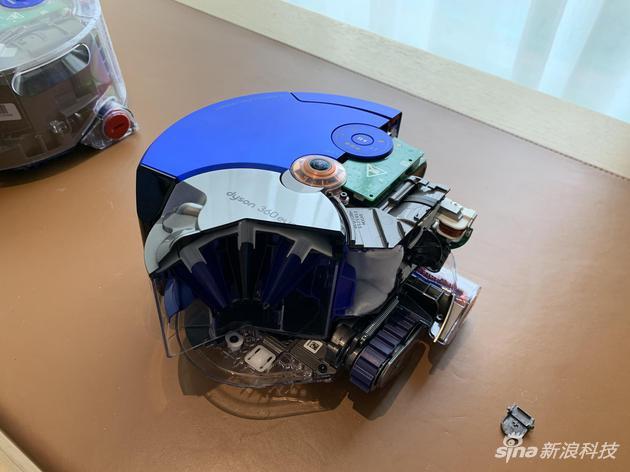 戴森360 Heurist智能除尘机器人