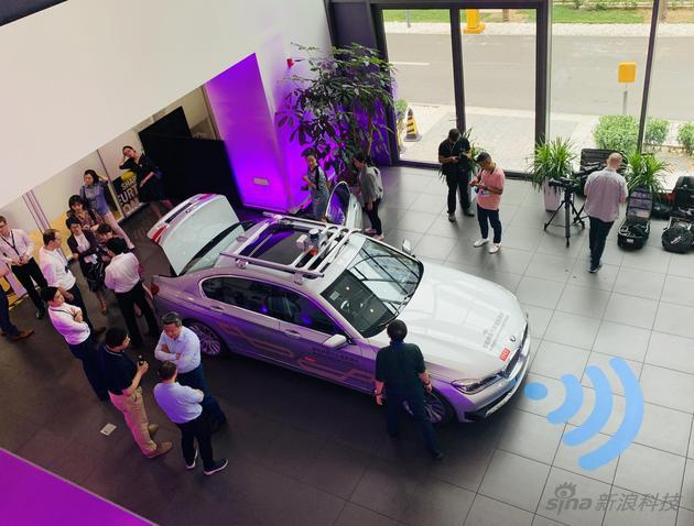 活动场地的自动驾驶展示车