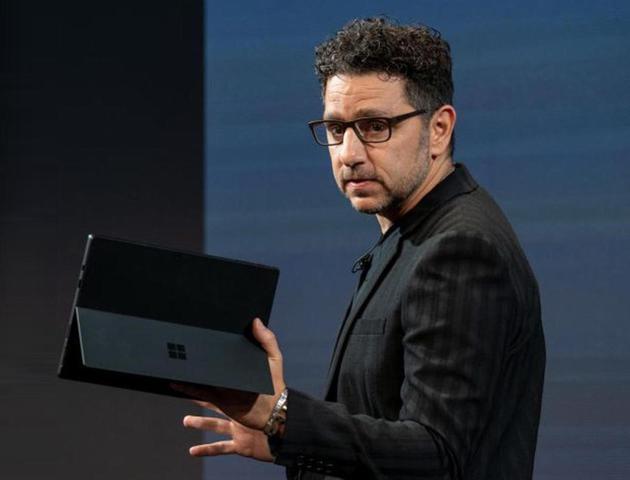 微软首席产品官Panos Panay(图片来自@zdnet)