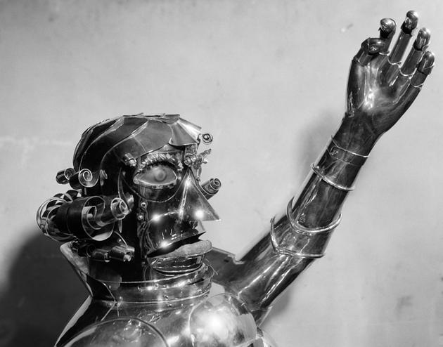 人工智能能否具有自己的意识,都取决于我们自己