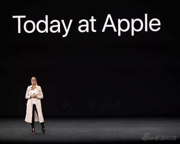 """""""女魔头""""回应批评:不后悔在苹果工作 已完成使命"""