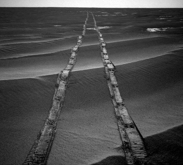 机遇号和勇敢号的故事仍未结束,它们的经验教训在当前和未来火星任务中依然存在。