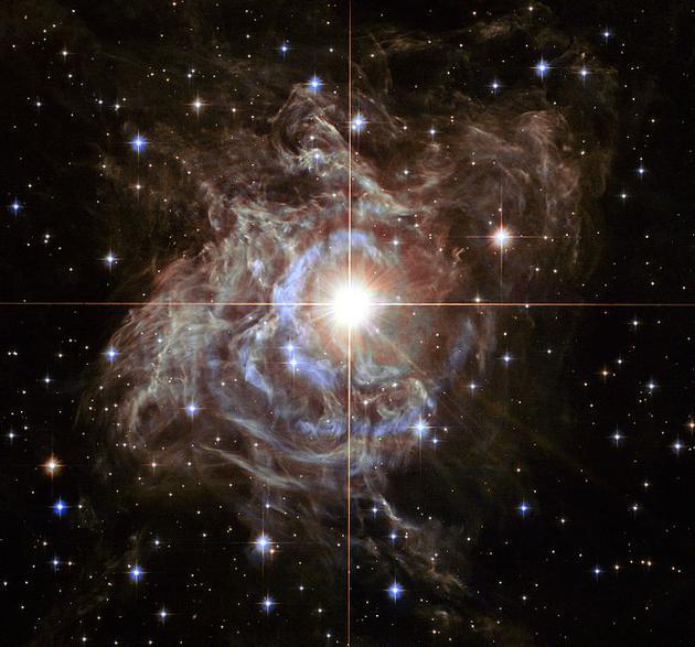 船尾座RS是银河系中最亮的造父变星之一,由哈勃空间望远镜拍摄