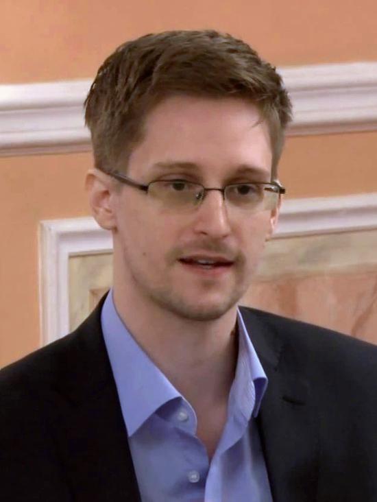 """斯诺登称Facebook、亚马逊和谷歌参与了数据""""滥用"""""""