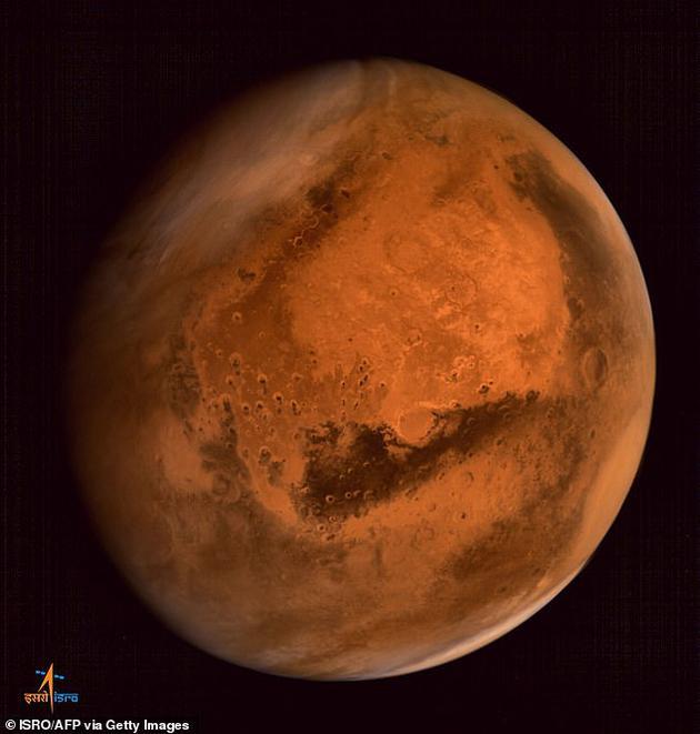 参与该项目的第三台航天器将在太空中获取火星样品,然后返回地球