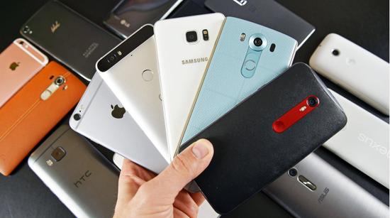 IDC:今年全球智能手机出货量将下滑2.2%,明年反