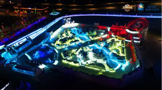 《王者榮耀》與哈爾濱冰雪大世界合作,圖為王者峽谷的冰雕,圖片來源:天美工作室群官網