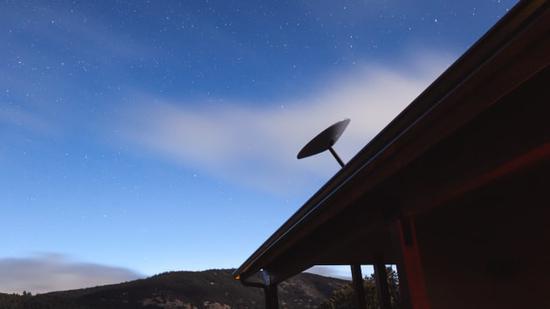 SpaceX公布Starlink卫星互联网收费标准:每月99美元