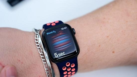 消息称Apple Watch将新增血压和体温检测功能