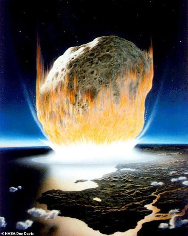 """专家推测,6600万年前这颗致命小行星大小是10千米×15千米,以时速7万公里的速度快速撞击地球,古力克教授带领的研究小组表示,此次""""惊天动地""""的小行星碰撞事件引发一场全球性灾难,使地球瞬间变成炼狱。"""