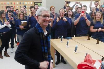 库克获56万股苹果股票奖励 价值1.14亿美元