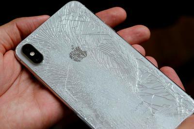 活久见!苹果首次向第三?#25945;?#20379;iPhone维修零件