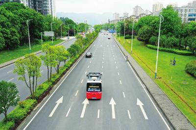 我国自动驾驶车辆研发发展迅猛 车辆上路尚待立法先行