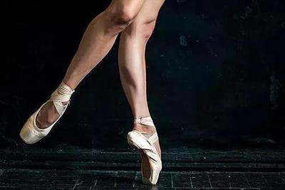 小腿肌肉阻断术上热搜,为了瘦他们居然切断了自己的神经!