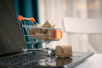 2020年我国手机网络购物用户达7.81亿 全国网上零售额达11.76万亿元