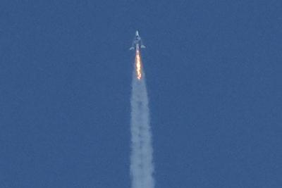 维珍银河开启商业飞行时代 却因返航航线偏离遭美联邦航空管理局