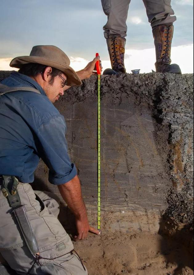 德帕玛说,整个KT事件都保存在这些沉积物中,有了它们,我们可以描绘出白垩纪大灭绝那天发生了什么