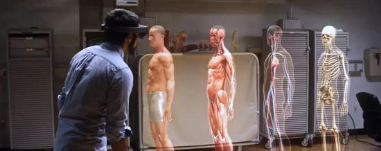 ▲微软HoloLens宣传片截图