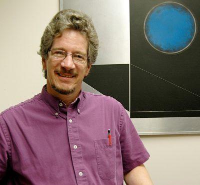 密歇根州立大学物理与天文学系核物理教授威廉·林奇