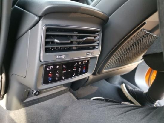 19款奧迪Q8科技標配越野 現車優惠可分期