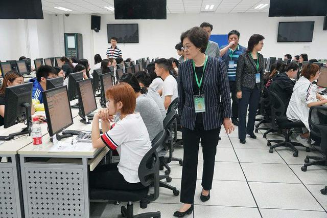 12项专技人员资格考试 试点报名告知承诺制