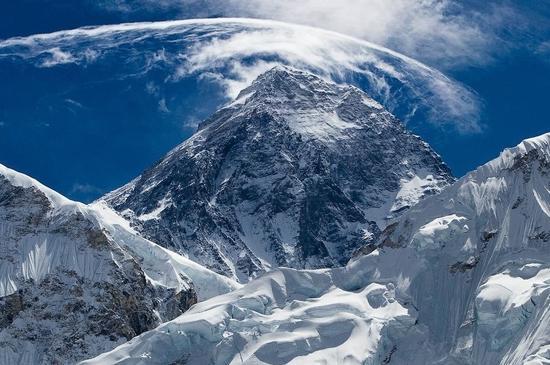 """顶峰看吧_不出国门 走进处于世界之巅的""""中国景区"""" 珠穆朗玛峰 世界 ..."""