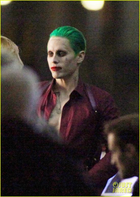 打耳光_《自杀小队》小丑与哈莉疯狂 热吻打耳光|自杀小队|小丑|小丑女 ...