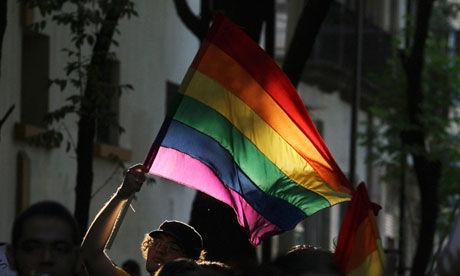 同性彩虹壁纸_象征着同性恋人群权益的彩虹旗