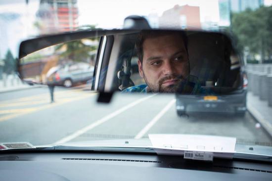 纽约的哥纷纷转行开专车:司机的美好时光?