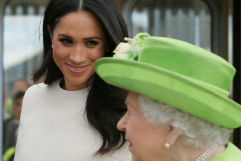 梅根退出英王室之际获女王称赞:她能快速融入我们