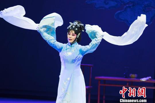 福州申报第29届中国戏剧梅花奖闽剧剧目《陈靖姑》上演